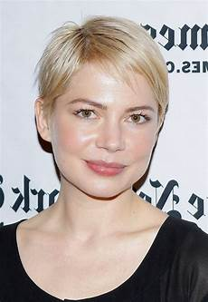 michelle williams short straight pixie cut for square faces styles weekly