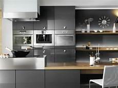 decoration cuisine gris cuisine gris anthracite 56 id 233 es pour une cuisine chic