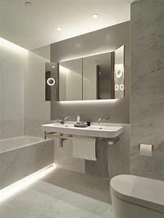 Beleuchtungsideen Badezimmer Led Lichtleisten Toiletten