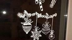 fensterdeko mit fl 252 ssigkreide kreidestift weihnachtsmotive