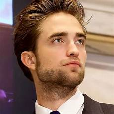 Robert Pattinson Showbiz Robert Pattinson To Play Batman New Straits