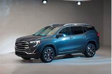 gmc 2019 terrain colors review specs and release date 2019 gmc terrain vs acadia pictures v6 spirotours