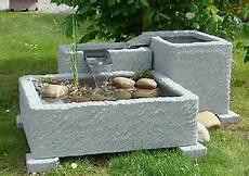 springbrunnen aus stein springbrunnen brunnen gartenbrunnen wasserspiel granitwerk