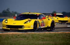 chevy building new corvette c7 r gte car for 2016