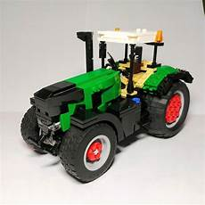 this is my lego moc it is a lego fendt 930 vario lego