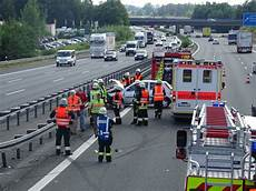 Unfall A9 Heute Aktuell - bei lauf in die leitplanke n land