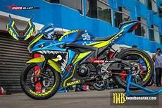 Gsx R150 Modif Moge by Modifikasi Striping Suzuki Gsx R150 Blue Shark Motoblast