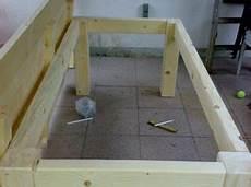 tischplatte selber machen tischplatte mit dem unergestell verschrauben