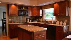 L Shaped Kitchen With Island And Corner Pantry