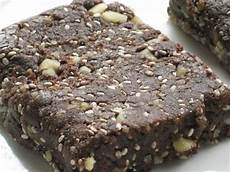 Healthy Seed Bar trend spotlight chia seeds bakes for breast cancerbakes