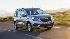 2018 Opel Combo Debuts New Architecture Seven Seat Option