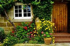 small garden design for front yards