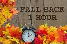 fall back daylight savings ends november 1 2020 greater seattle on the cheap