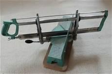 Sockelleisten Gehrung Passt Nicht - gehrungen s 228 gehrung anleitung fussleisten sockelleisten