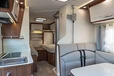 cing car avec lit central d 233 couvrer un cing car compact 224 lit central le pilote
