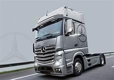 mercedes actros mp4 italeri 3905 mercedes actros mp4 gigaspace 1 24 truck