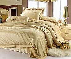free shipping christmas satin jacquard bedspreads gold silk duvet cover duvet cover