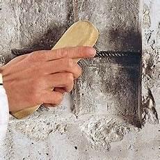 Comment R 233 Parer Les Fissures D Un Mur En B 233 Ton Reparer