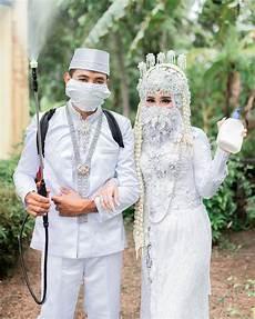 Inspirasi Gaun Pernikahan Untuk Kamu Para Hijabers
