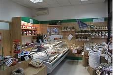 scaffali per alimentari arredamento negozio alimentare arredo fungaio