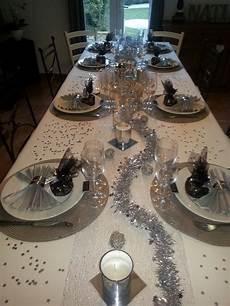 Ma Table Du R 233 Veillon Blanche Et Argent Deco Deco Noel