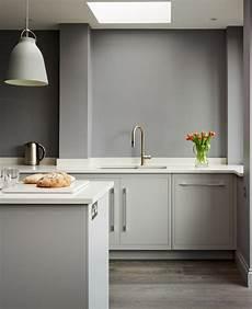 harvey jones linear kitchen handpainted in dulux steel grey 3 projects to try kitchen grey