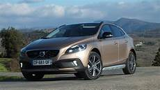 Essai Volvo V40 Cross Country Une Question D Apparence