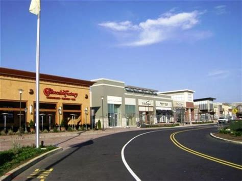 Freehold Raceway Mall Outdoor Lifestyle Expansion
