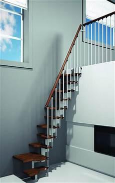 escalier pour petit espace escalier petit espace pour gagner en place
