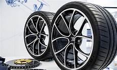 400 Km H Reifen F 252 R Bugatti Und Co Technik Autozeitung De