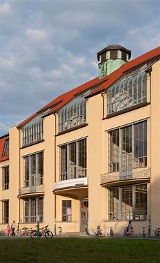 bauhaus school in weimar bauhaus architecture walter