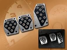 Black Silver Manual Brake Gas Clutch Racing Pedal Pads