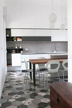 pavimento cucina cucina moderna con pavimento in cementine