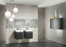 adopter les couleurs tendances dans la salle de bains en