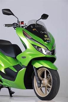Modifikasi Honda Pcx 2019 by Pake Ban Zeneos Modifikasi Honda Pcx 150 Buat Harian