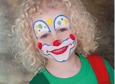 kinder clown schminken themenspezial kinderschminken mytoys