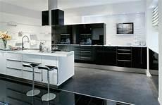 küchen schwarz weiss einbauger 228 te k 252 ppersbusch und miele p 228 sentiert vom