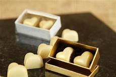 velvet fine chocolates wedding gifts in chembur mumbai