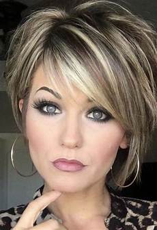 trending hairstyles 2019 short layered hairstyles ladiestyles com