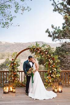 30 outdoor fall wedding arches backdrops oh the wedding day is coming