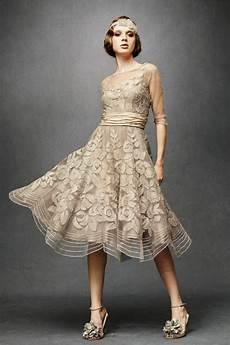 Vintage Kleider Aus Den Verschiedenen Dekaden Des 20 Jh