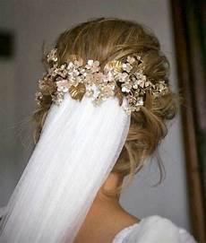 Brautfrisuren Mit Schleier Halboffen - 1001 ideen f 252 r brautfrisuren offen halboffen oder