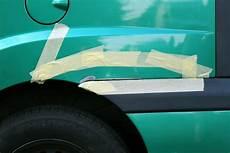 rost am auto entfernen und lackieren kleine roststellen am auto selbst ausbessern denis sandmann