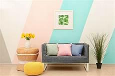 Kreative Wandgestaltung Mit Formen Streifen Und Muster
