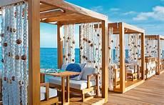the dazzling w retreat and spa w maldives fesdu island maldives hotel review by