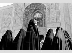 Iraq. Najaf. Women. Abaya. Islam   Didier Ruef   Photography
