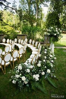 25 brilliant garden wedding decoration ideas for 2018 trends emmalovesweddings
