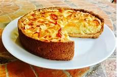 crema frangipane knam crostata con crema frangipane e albicocche e frolla alla nocciola master of cakes