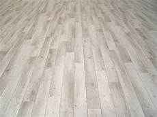 Pvc Bodenbelag Holz Optik Planken Wei 223 Grau 400 Cm Breite