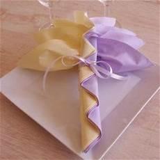 pour ma famille pliage de serviette fleur 2 couleurs